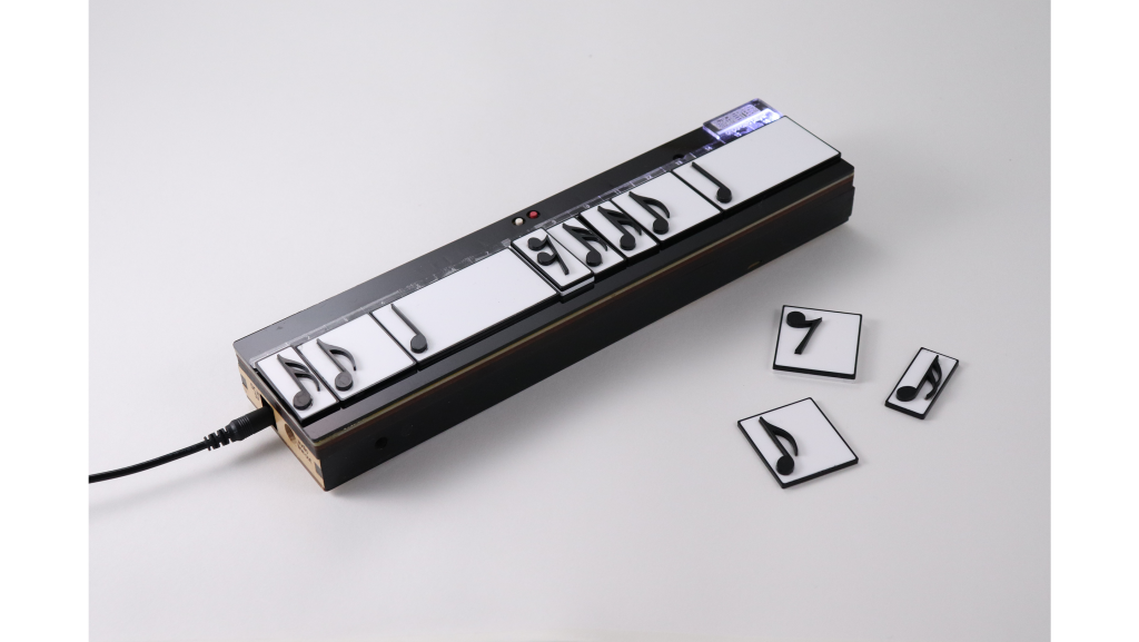 教材自作部作例 (onpu-card player、bar coderほか)