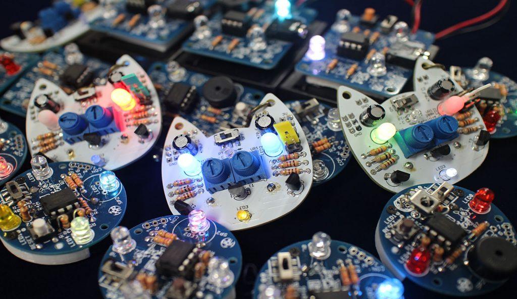 ウェアラブル・イルミネーションと電子工作